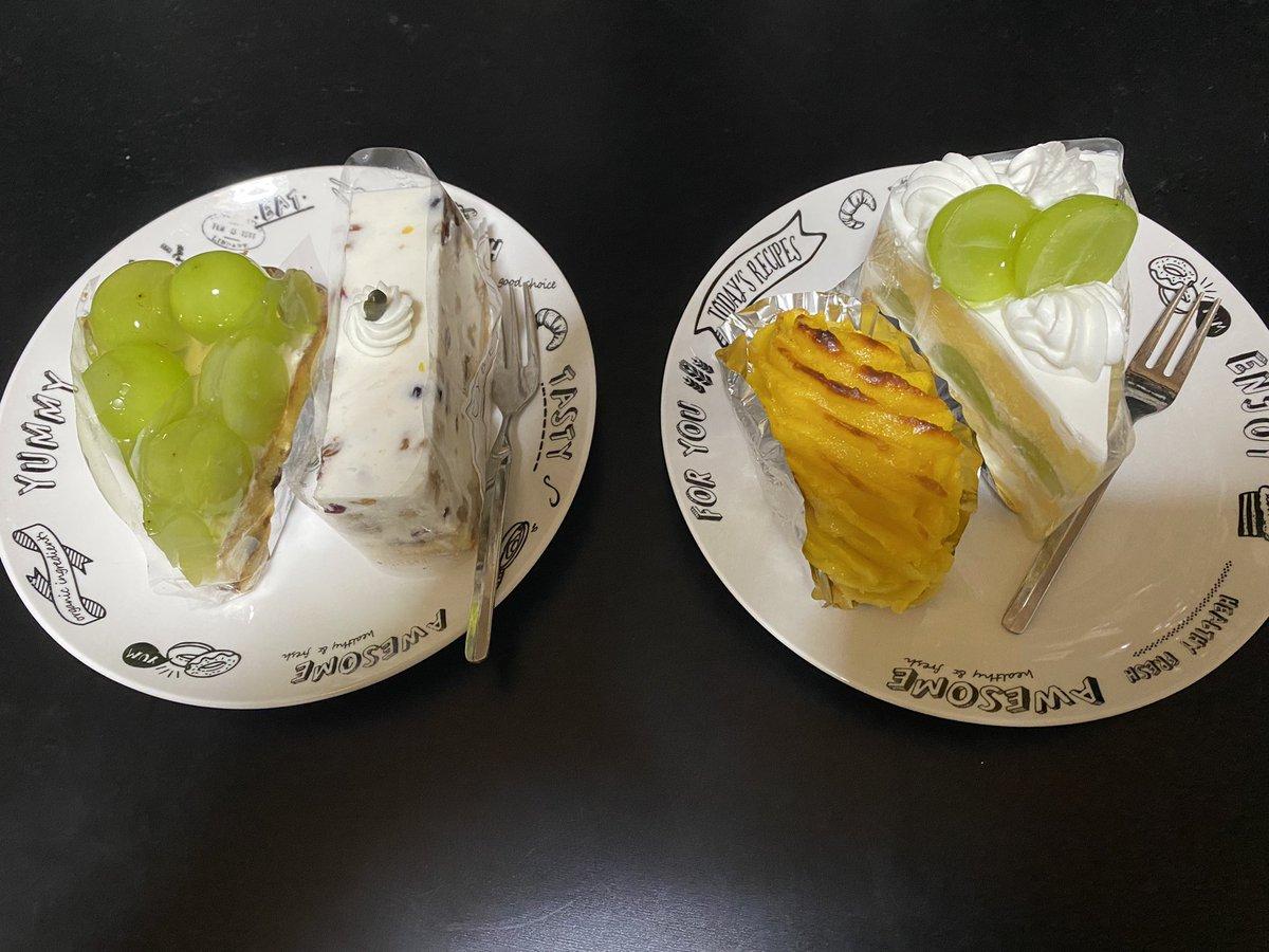test ツイッターメディア - とりあえずやなことは食べて忘れることにする!Part2 シベールのシャインマスカットケーキ、シャインマスカットタルト、フロマージュ、ポテちんさん大好きスイートポテト! (今日飯テロしかしてないけど…そろそろ🍑やろうかしら…) https://t.co/rG0UXvTbC1