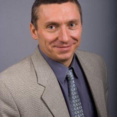 Dmitri Golovin (@komitet101)