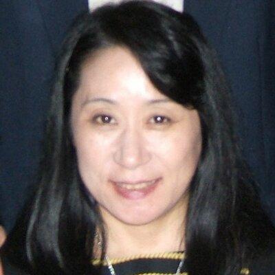 肥和野佳子 | Social Profile