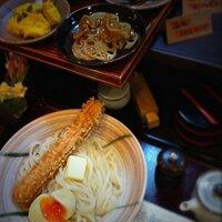 活麺富蔵 | Social Profile