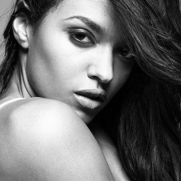 Sanya Hughes   Social Profile