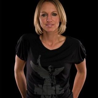 Faye White MBE Social Profile