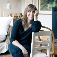 Adriane Strampp | Social Profile