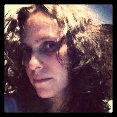 graziela peres | Social Profile