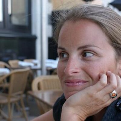 Isabelle Charette | Social Profile
