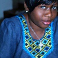 Alexise Evelyne | Social Profile