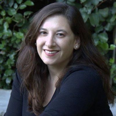 Elisabeth Barrett | Social Profile