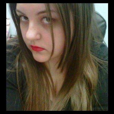 Melanie Cox | Social Profile