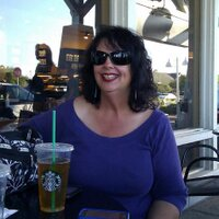 Elaine Macaluso | Social Profile