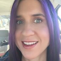 Suzi Shumaker | Social Profile