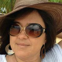 Simone Duarte | Social Profile