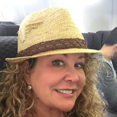 Kim Quinton | Social Profile