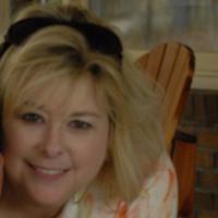 Julie Reynolds | Social Profile