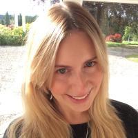 Eve Bottomley | Social Profile