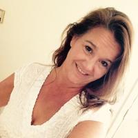 Rachele Bennett   Social Profile