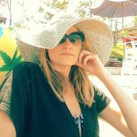 Jennifer Ruh | Social Profile