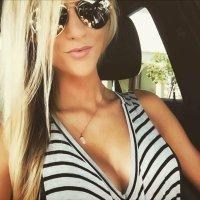 Kelli Hutcherson   Social Profile
