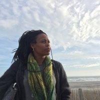 Tina Farris | Social Profile