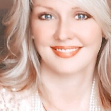 Jennifer Brouwer Social Profile