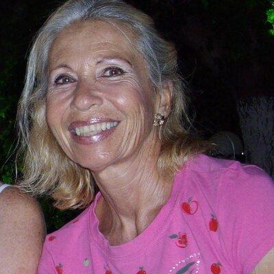 inka piegsa | Social Profile