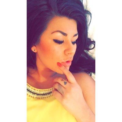 Shianne  Zachrison | Social Profile
