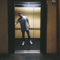 danny moore | Social Profile