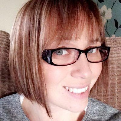 Karen Locking   Social Profile