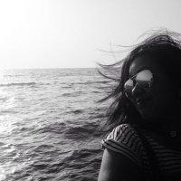 Tess | Social Profile
