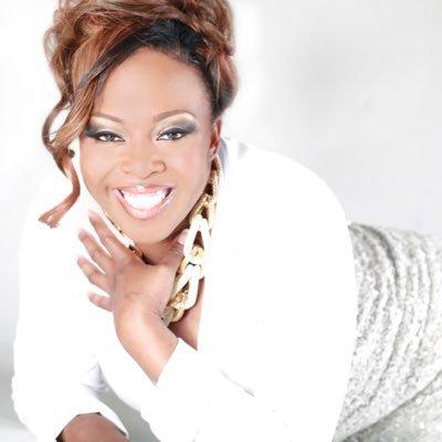 Syreeta thompson | Social Profile