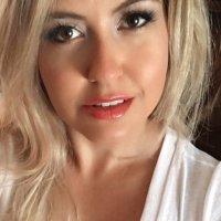 Courtney Coleman ♡   Social Profile