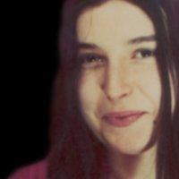EvⒶngelina Oliveira | Social Profile