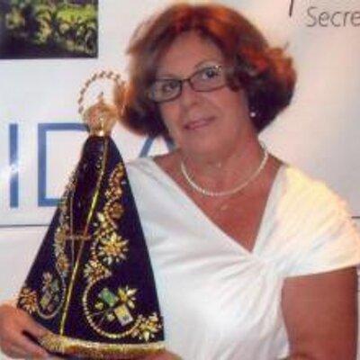 Ednea Molinari | Social Profile