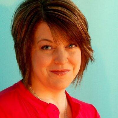 Amy Ellis | Social Profile