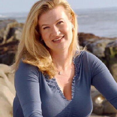 Christine Morrison | Social Profile