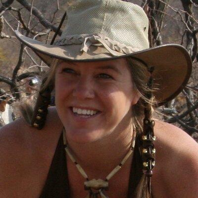 Piper Mackay   Social Profile