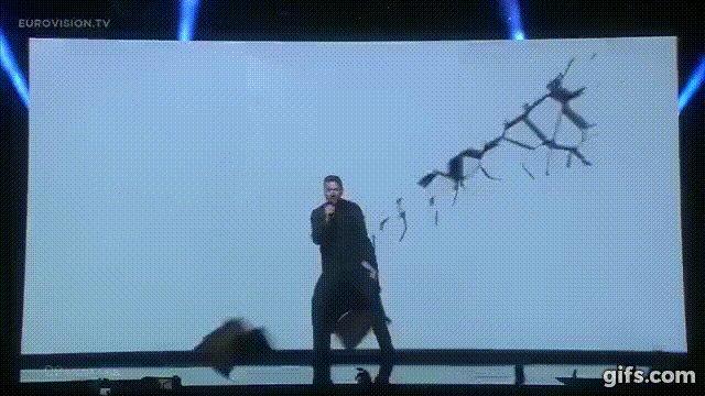 Сергей Лазарев @sergeylazarev занимает 3-е место  #Eurovision https://t.co/CUnpMgE48S