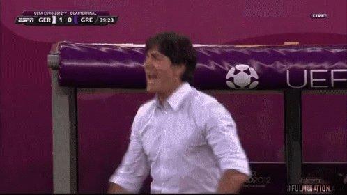 GOOOOOOAAAAAAAALLLLL. Schulz makes it 3-2 to Germany! Great assist from Reus! #NEDGER https://t.co/AqJ54n11Uq