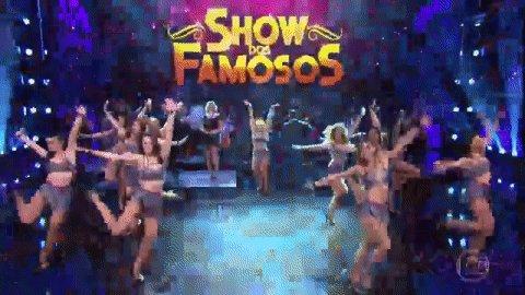 Vai começar o #ShowDosFamosos! #Domingão https://t.co/wgyKGRfLfe