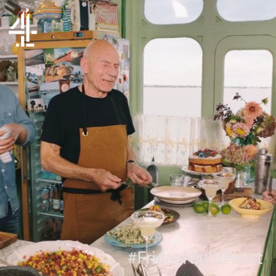 Saving that for later, @SirPatStew? #FridayNightFeast https://t.co/fyTGB8Ye20
